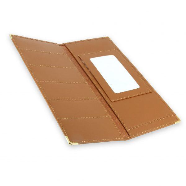 porte chequier cuir classique beige gold talon gauche 4